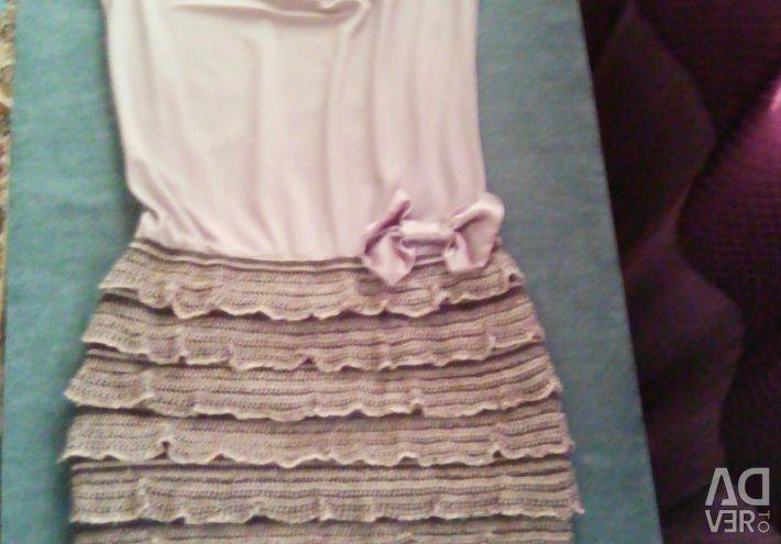 Το φόρεμα είναι επείγον.