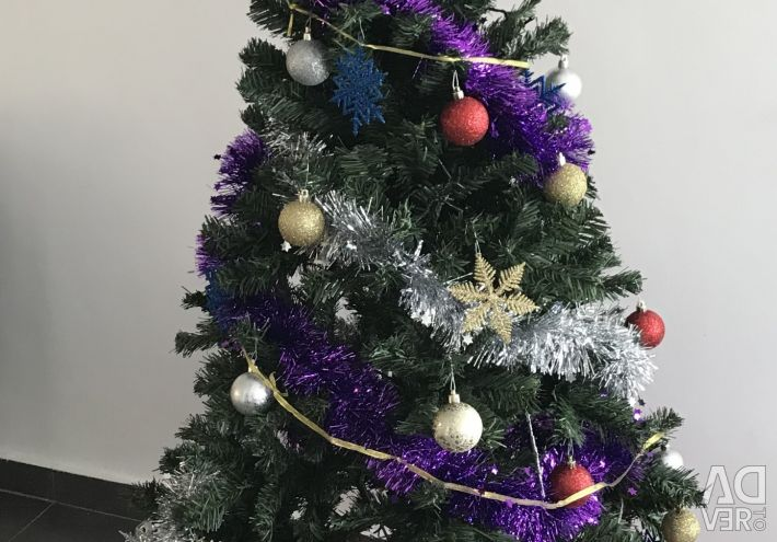 Christmas tree 1.5 meters with toys and all necessary)