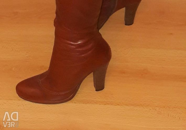 I will sell boots spring - fall