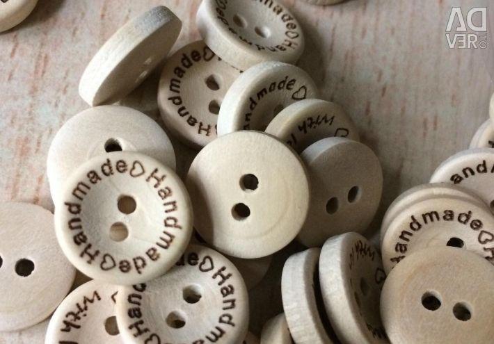 Butoane din lemn Hand Made small