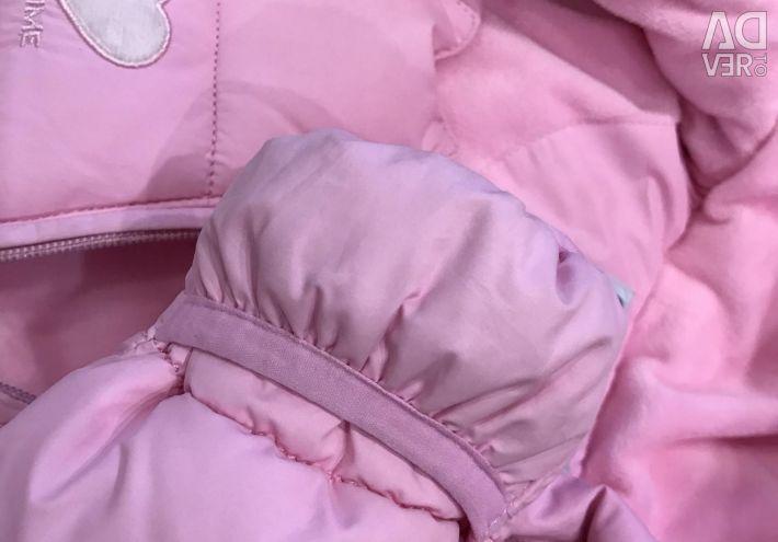 Новый розовый комбинезон демисезонн