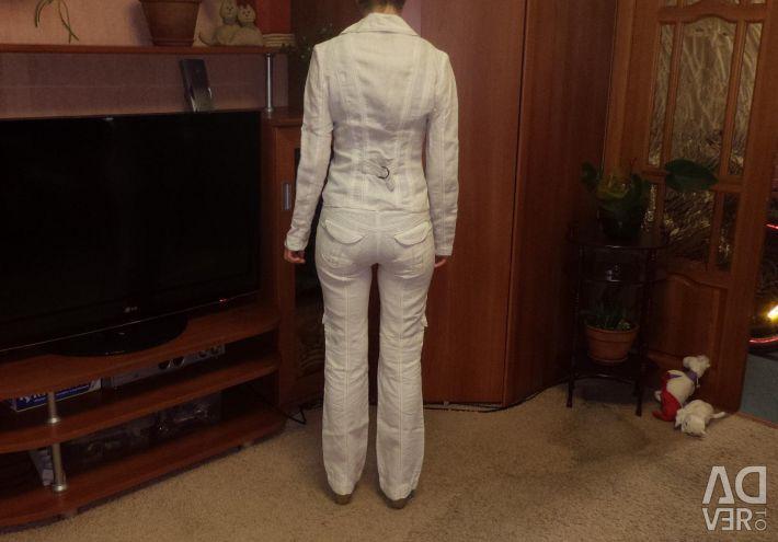 Suit made of linen. OGGI 42 / XS Bargaining