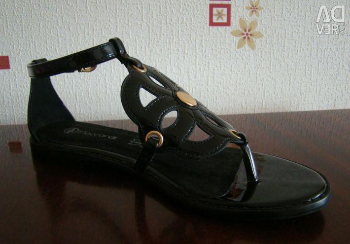 Sandale noi 36 r.