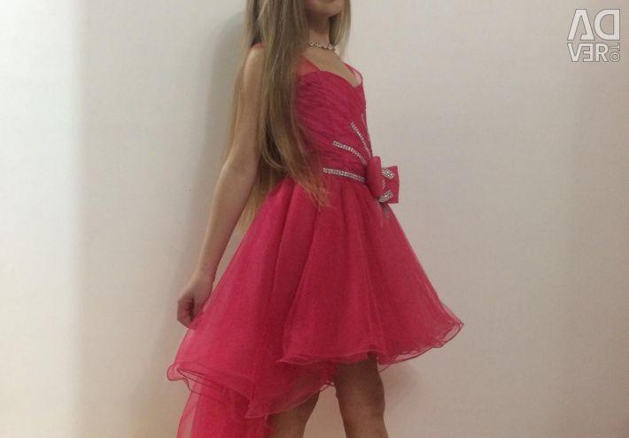 Φόρεμα για αποφοίτηση ενοικιάσεις