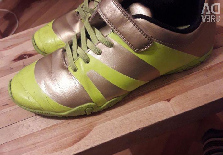 Futsalka sneakers 36