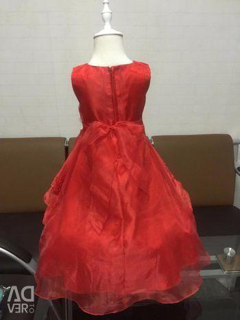 Нарядное платье , новое для маленькой принцессы