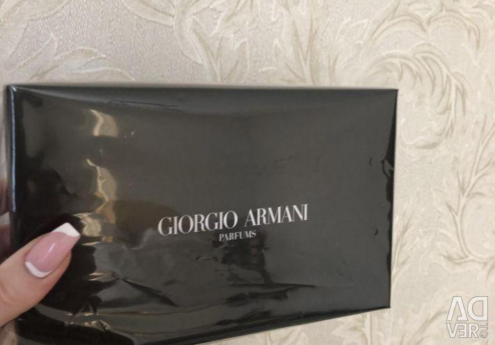 Armani Handbag ❤️