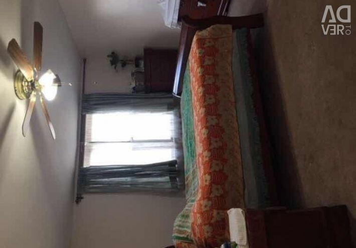 8616 60th Ave #3H Elmhurst,NY 11373 1 bed    1 bat