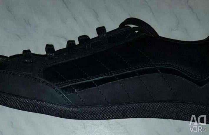 Ανδρικά πάνινα παπούτσια, δερμάτινα, καινούρια