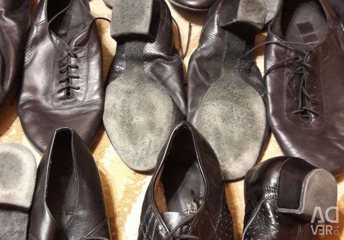 Shoes for sports ballroom dancing