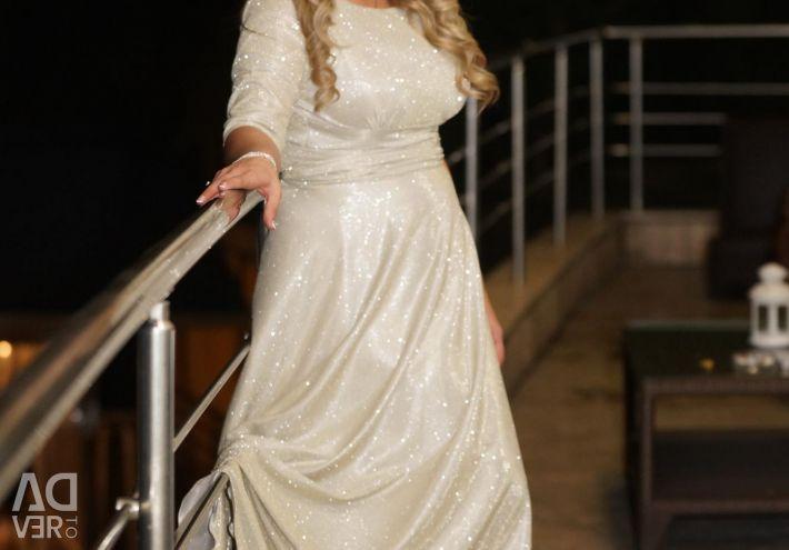 Платье вечернее для настоящей леди (фирменное)