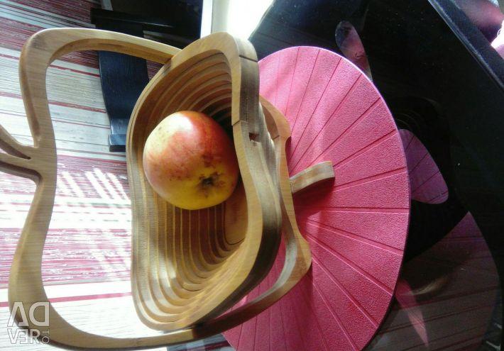 Ağaçtan yapılmış meyve tabağı