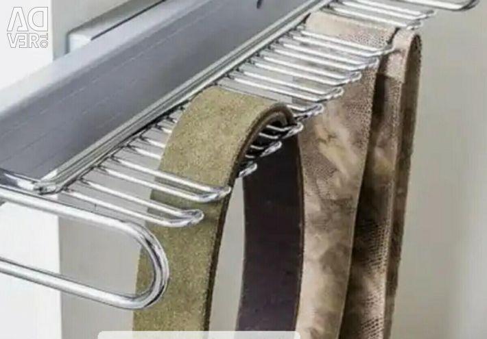 Η κρεμάστρα ολισθαίνει, για γραβάτες, νέα, Ιταλία, VIBO.
