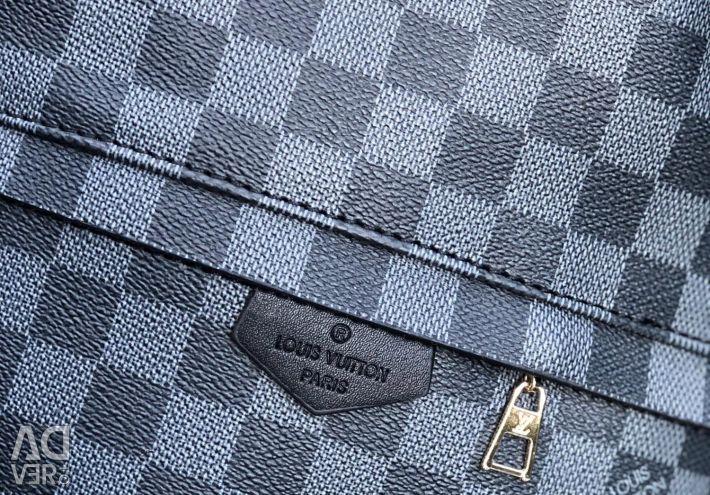 🎒 Σακίδιο Louis Vuitton