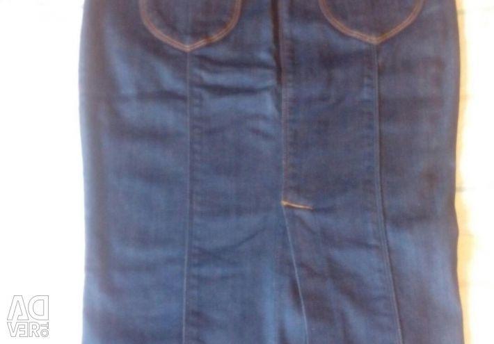 Μπλε φούστα denim