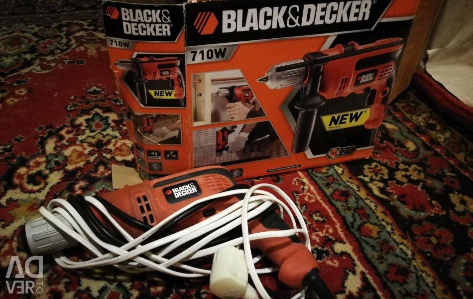 Дриль Black Decker 710w