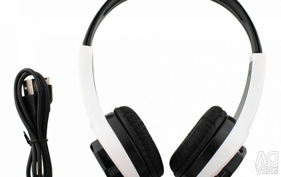 Wireless headphone player