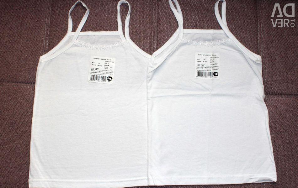 T-shirts new 122 cm