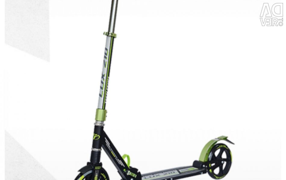 Scooter tech ομάδα 210lux μαύρο και πράσινο