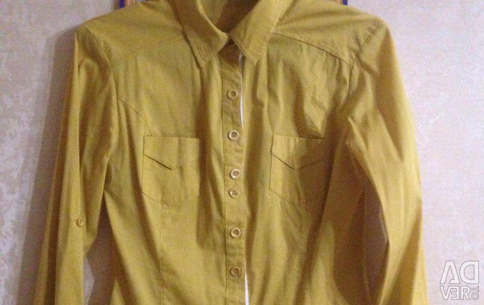 Shirt for a girl