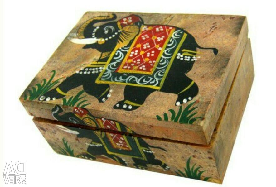 Casket made of natural stone pr.Indiy 10 * 8 * 5 cm