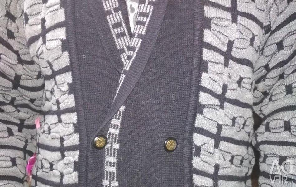 Men `s sweater