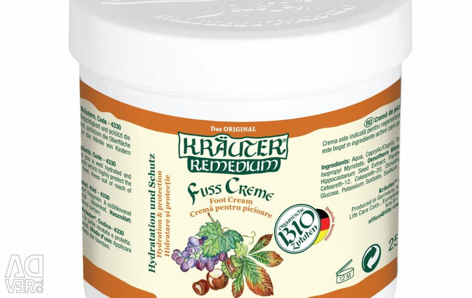 Foot cream for blood flow stimulation, with grapes