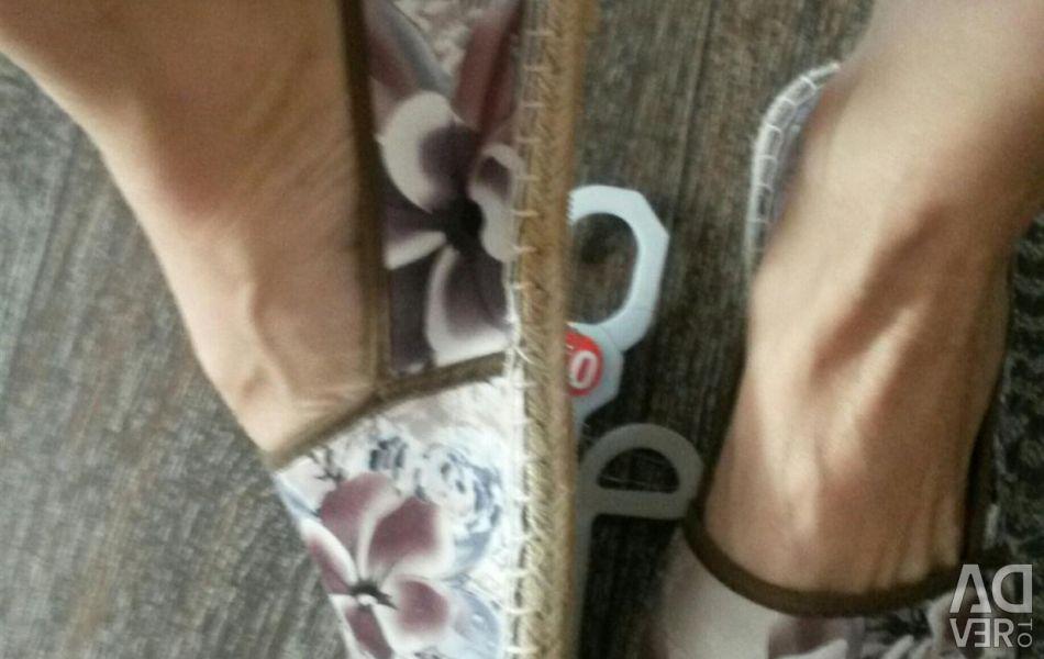 Slipons νέο μέγεθος 38-39