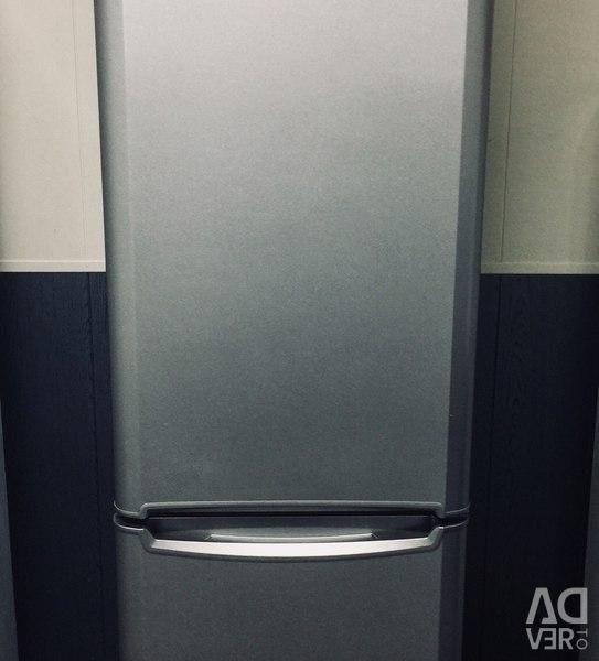 Indesit refrigerator