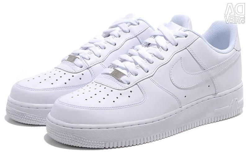 Sell leather sneakers
