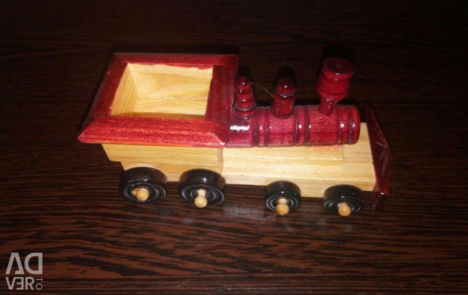 Tren de lemn