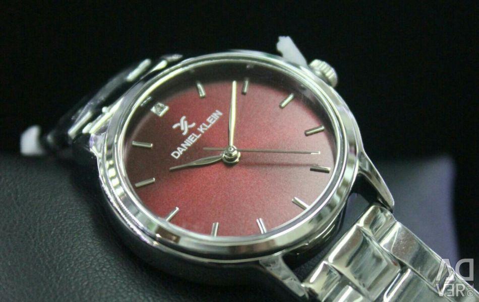 Женские оригинальные часы daniel klein