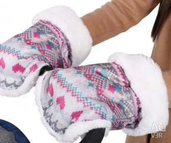 Mittens for the sledge, carriages