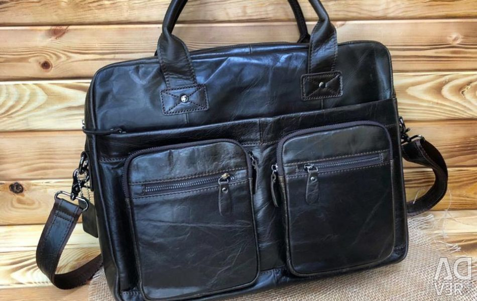 Men's bag made of genuine leather