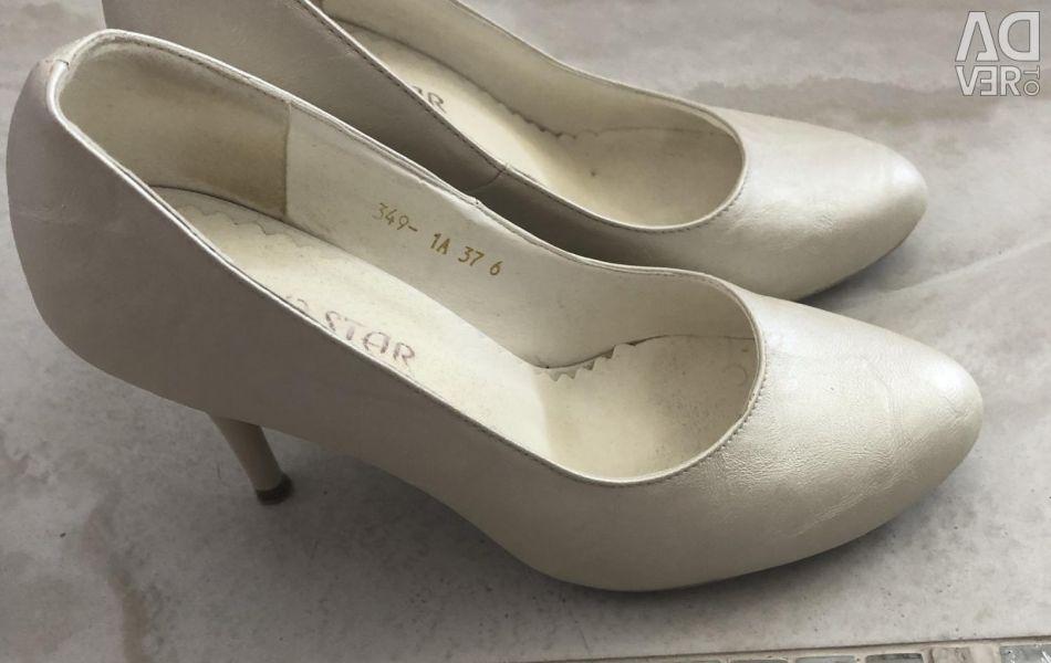 Wedding evening shoes