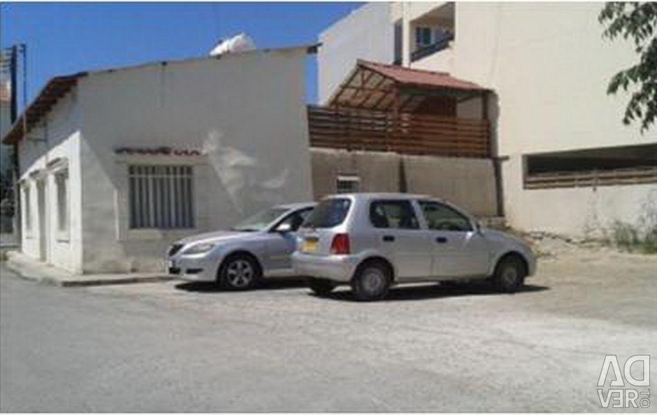 Plot în Sotiros, Larnaca