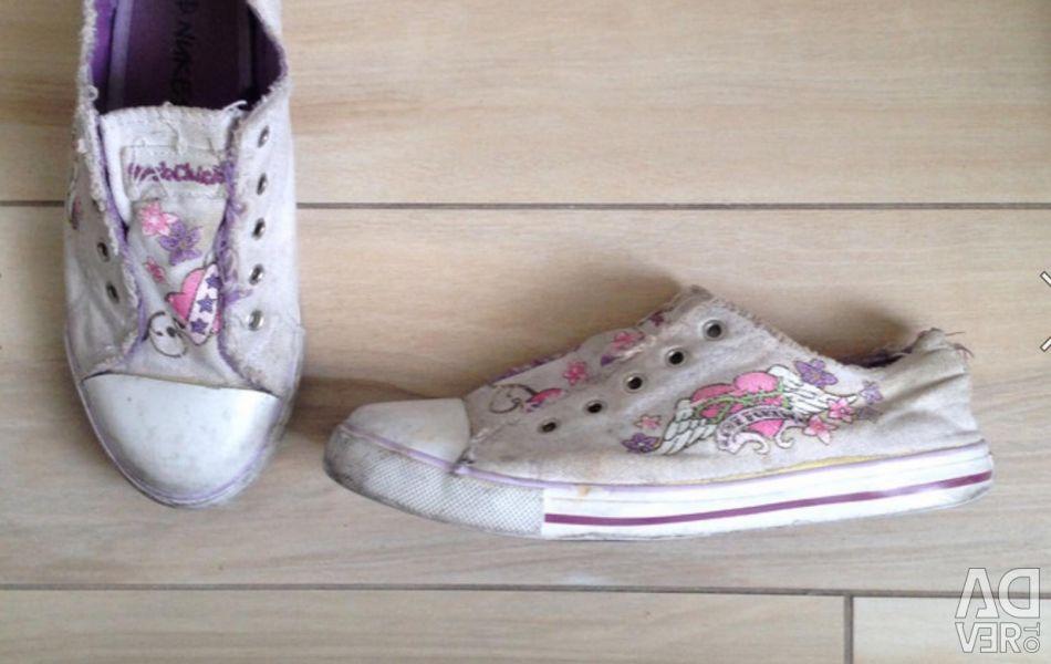 Sneakers Nonukes 36 p.