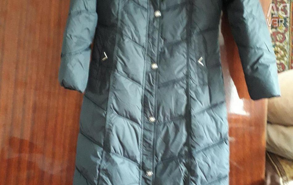 Пальто на сінтепоме нове