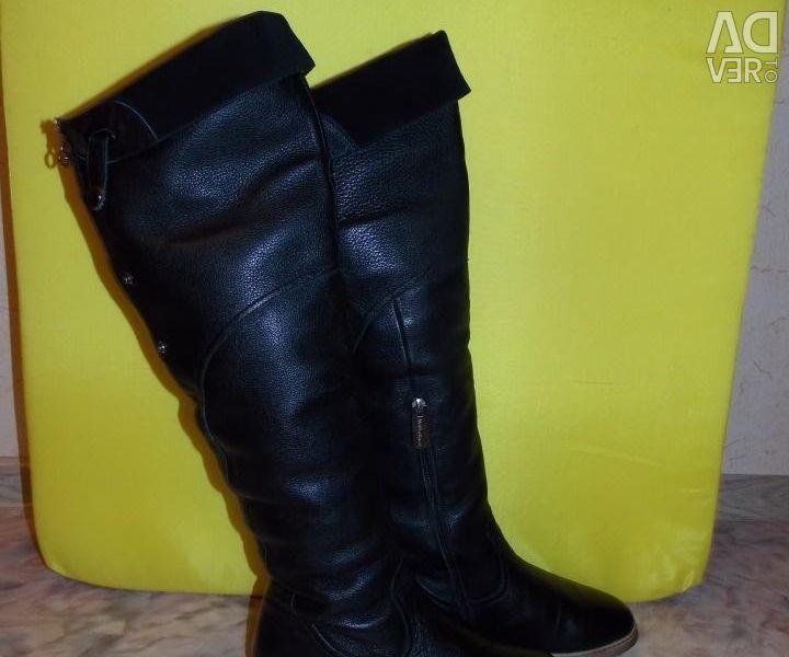 Дуже теплі чоботи по устілці 23.5 см