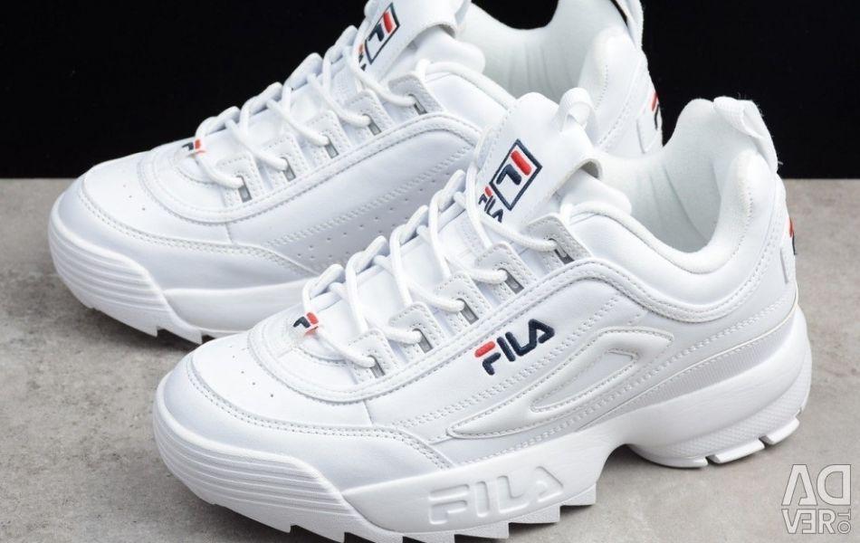 Нові кросівки fila 41 розмір