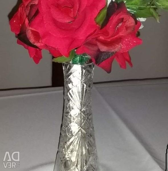 Narrow transparent vase. 10 pieces
