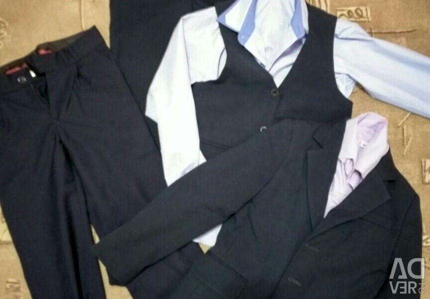 School suit 30 rr