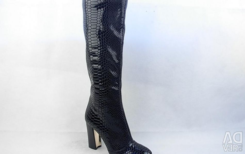 Fall 38 and 39 Cavaletto Black Leather Boots