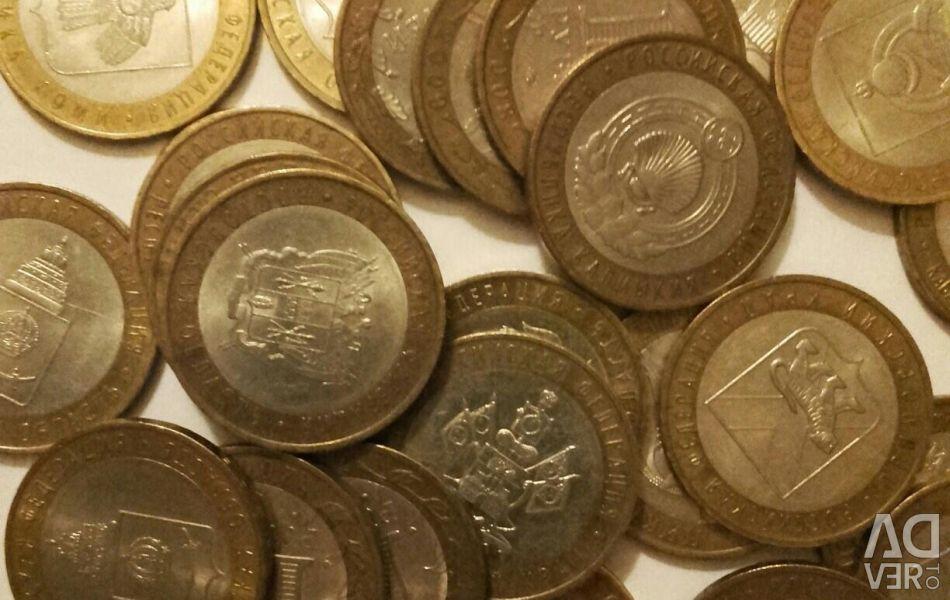 Монеты биметалл, одна монета 30 рублей