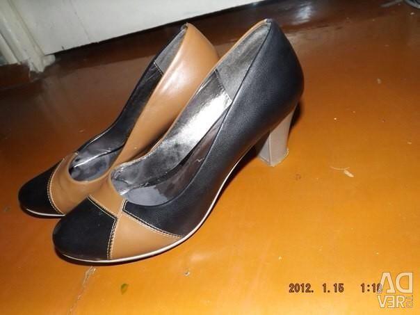 Shoes 37-38r
