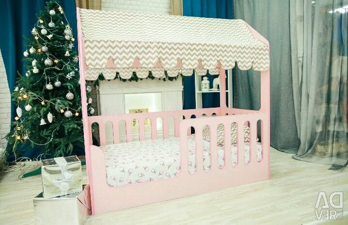 Children's bed Lodge in pink color