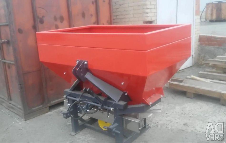 800l fertilizer spreader art 616