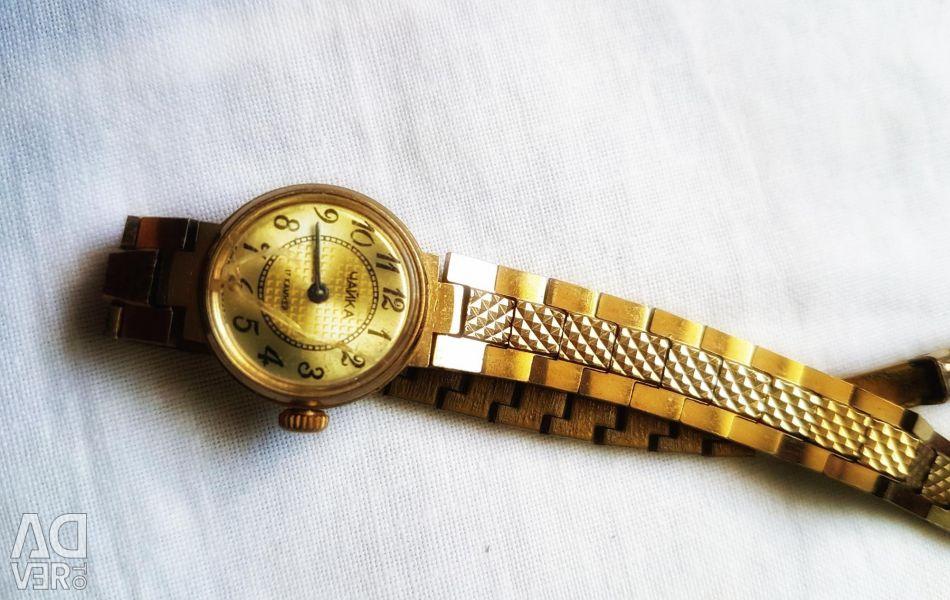 Часы продать чайка черемушки новые ломбард меридиан