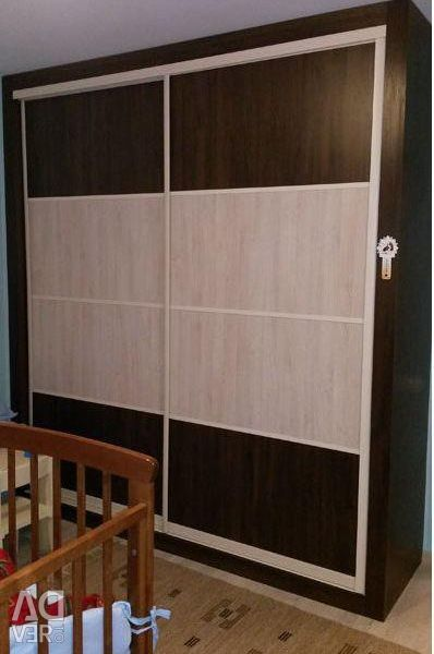 Sliding wardrobe Linear Two-color