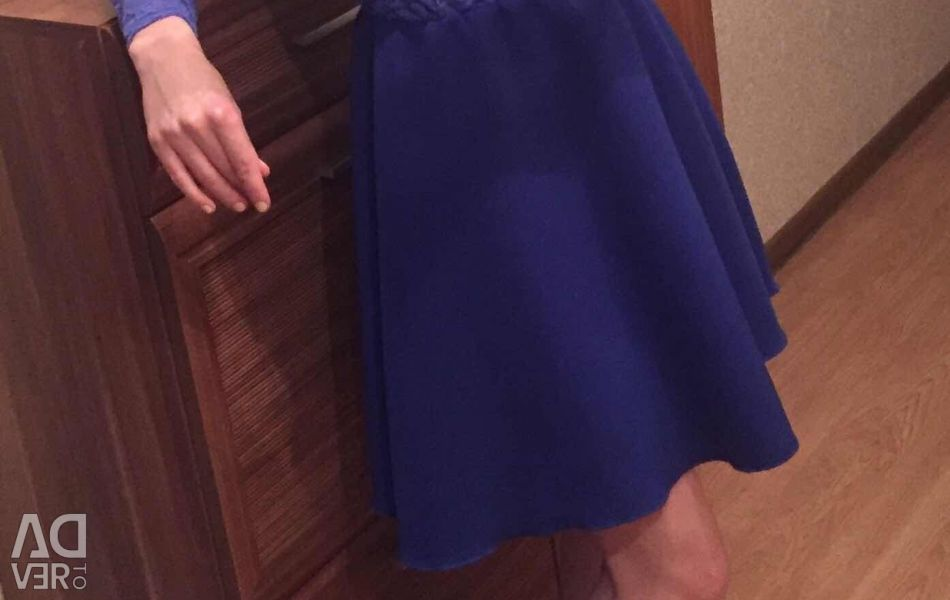 New dress, size 40/42. On height not higher than 165 cm